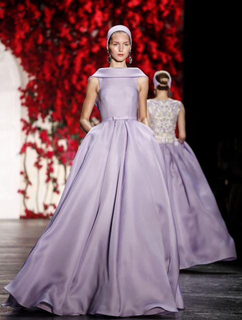 Široké sukně a jemné barvy jsou jako stvořené pro romantickou duši.