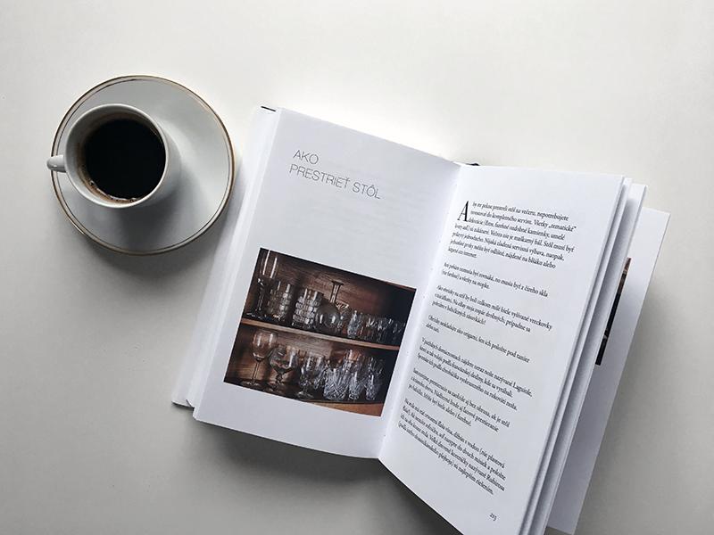 Kniha Jak se stát Pařížankou ať žijete kdekoliv