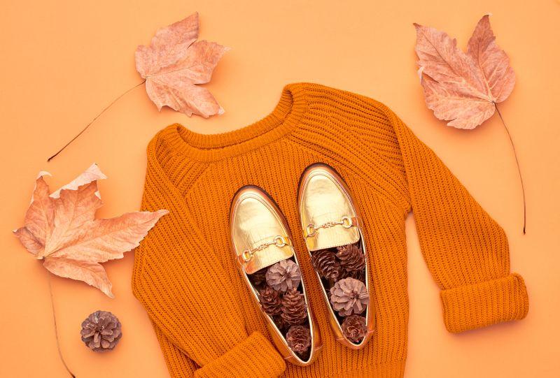 Jesenní móda boty svetr