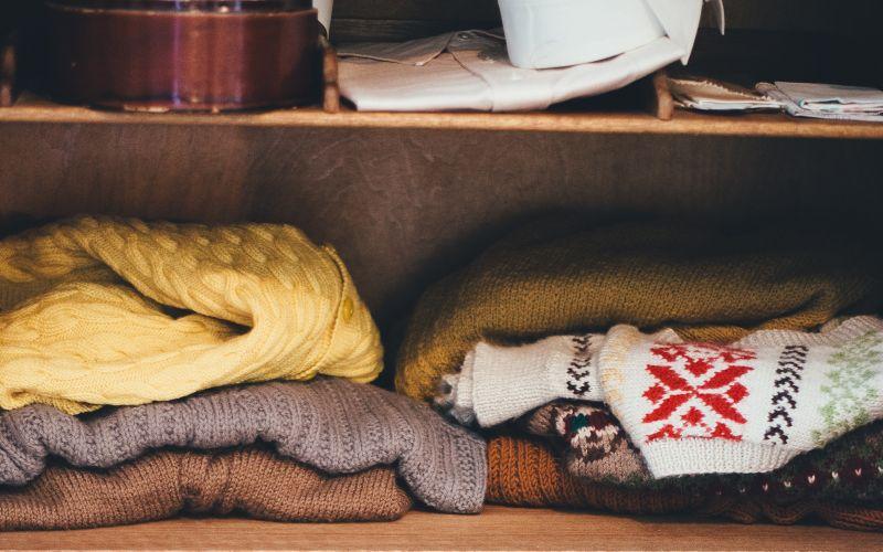 Zimní svetry v šatníku