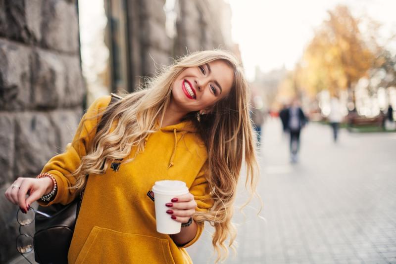 Usmívající se žena